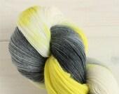 Hand dyed yarn Weyland-Yu...