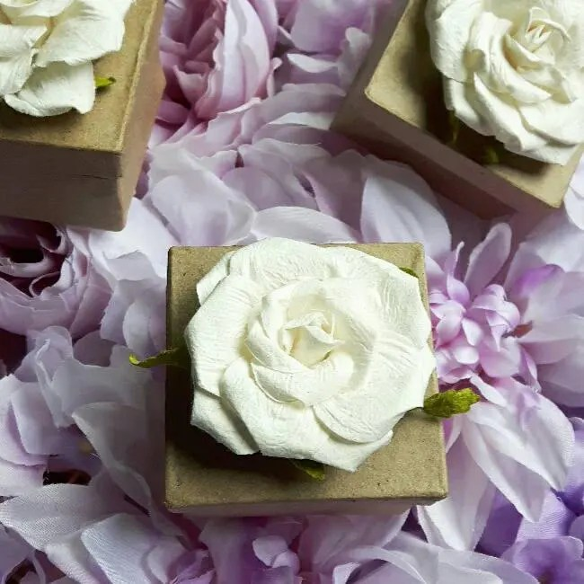 Will you be my Bridesmaid // Maid of honor Proposal Box // image 1
