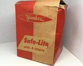 Dark Room Yankee Safe Lite with 4 Filters 15 Watt Light with Orange Red Green and Brown Filters  Film Photography Tools