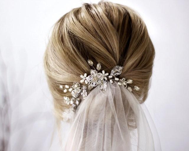 bridal headpiece, crystal bridal hair piece, lace and pearl bridal headpiece, bridal hair comb, ivory pearl comb for bride vintage style