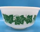 Hazel Atlas Green Ivy Vintage Mixing Bowl