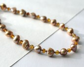 Freshwater pearl necklace with citrine gemstone beads