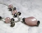 Rose quartz and labradorite gemstone necklace