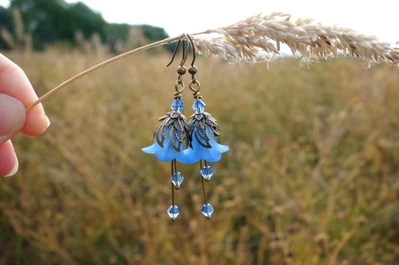 Blauwe vintage oorbellen voor de boho-bruid