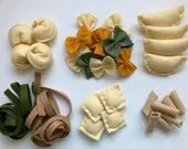 felt pasta set of 3, felt pasta, felt food, play food, Montessori toy, Waldorf toy, Pretend food, kid's Kitchen toys, Playhouse, toy food