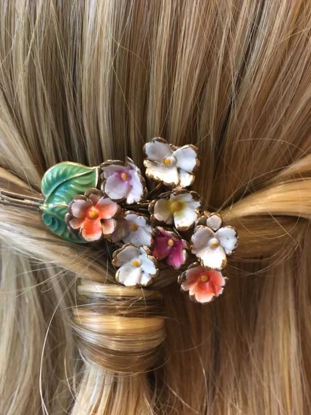 vintage floral design hair comb with enamel - vintage bridal, bridesmaid, prom hair comb, wedding hair accessories, mother of the bride- uk