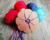 Weaving disk for kids, wooden kumihimo flower, historical weaving art, friendship bracelets making kit