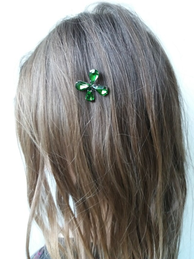 4 leaf clover hair pin green leaf bobby pin irish wedding