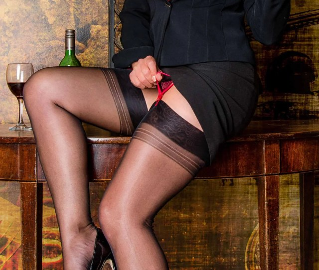 Fully Fashioned Seamed Stockings Nylons Made In England S Original Pattern Black Sheer  Denier Sizes  Up To Size