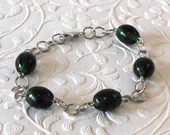 Green Black Glass Beaded Bracelet