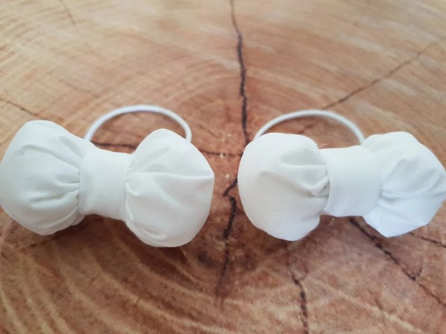 baby girl white bows, wedding hair bow, bridal hair accessory, white toddler hair ties, wedding hair ties junior bridesmaid hair accessories