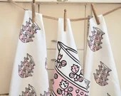 Pair of Vintage Pink Pyrex Gooseberry Cinderella 100% cotton tea towels