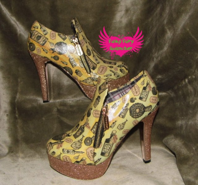 """Alice In Wonderland """"Drink me/Eat me steampunk high heal shoes crated by Funky Fairy Godmother."""