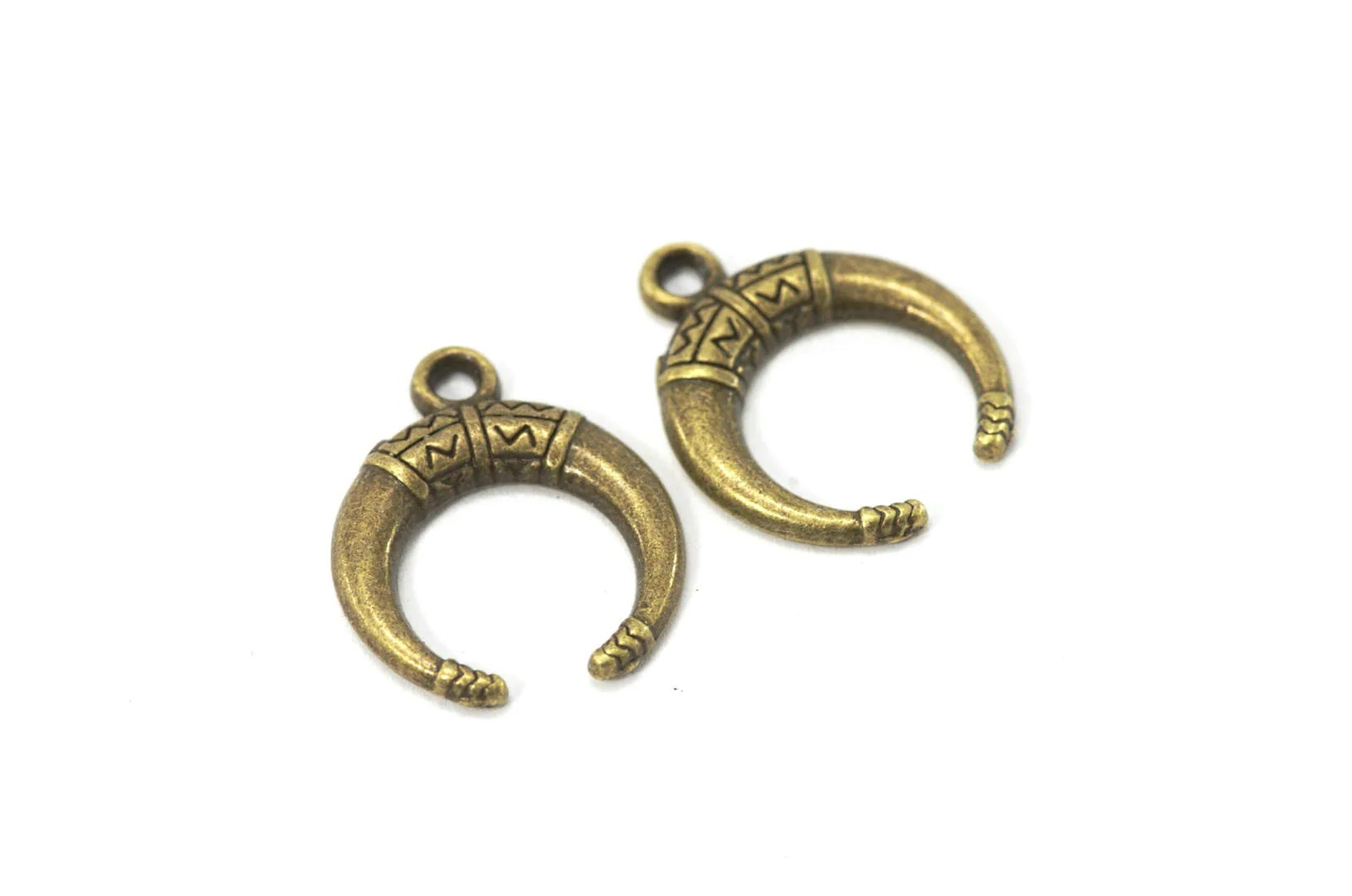 Half Moon Charms Crescent Moon Shape Color Bronze 10 Pcs