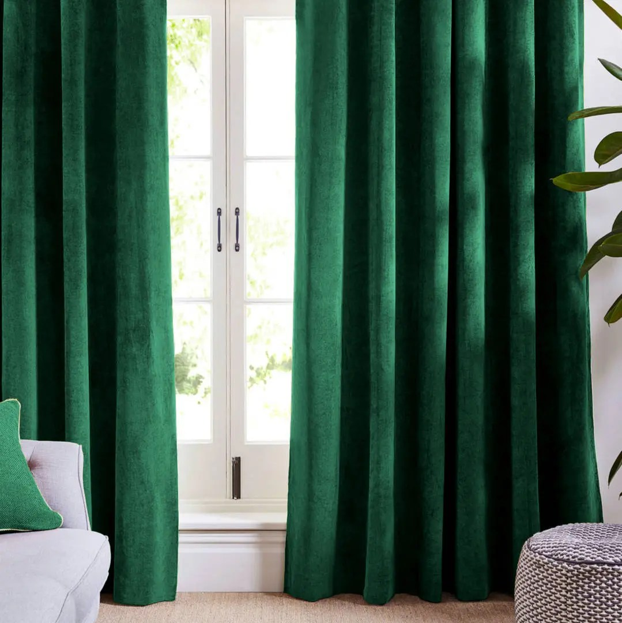 rideaux de velours vert foret et rideaux panneaux souples traitement naturel de fenetre francais rideaux de porte solide