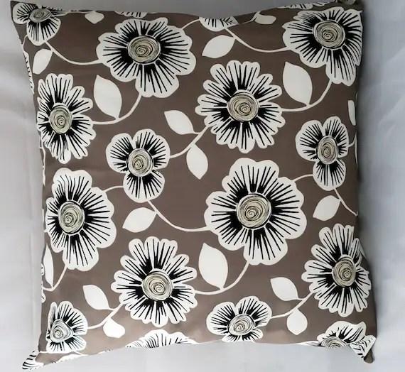 "18"" Pillow Cover, Accent Pillow Cover,Decorative Pillow, Accent Pillow, Unique Pillow Covers, Pillow Case, Retro Design Pillow Case"