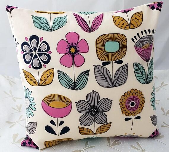 "12"" Pillow Cover, Accent Pillow Cover,Decorative Pillow, Accent Pillow, Unique Pillow Covers, Pillow Case, Retro Design Pillow Case"