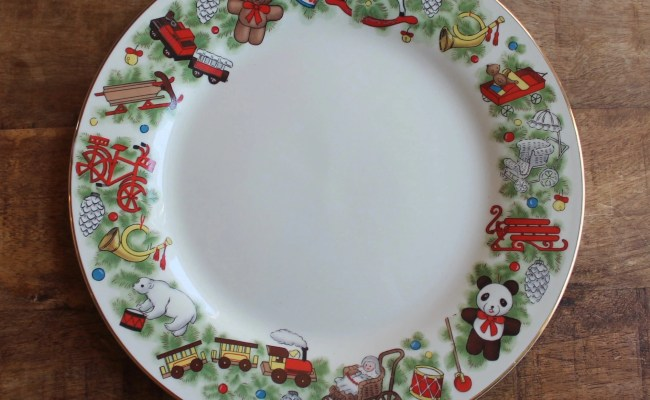 Vintage Toys For Tots Christmas Dinner Plates Toys Around