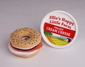 PERSONALIZED Felt Bagel Play Set - Pretend Bagel Cream Cheese Set - Stuffed Everything Bagel Plush Toy - Pretend Play Felt Bagel and Lox