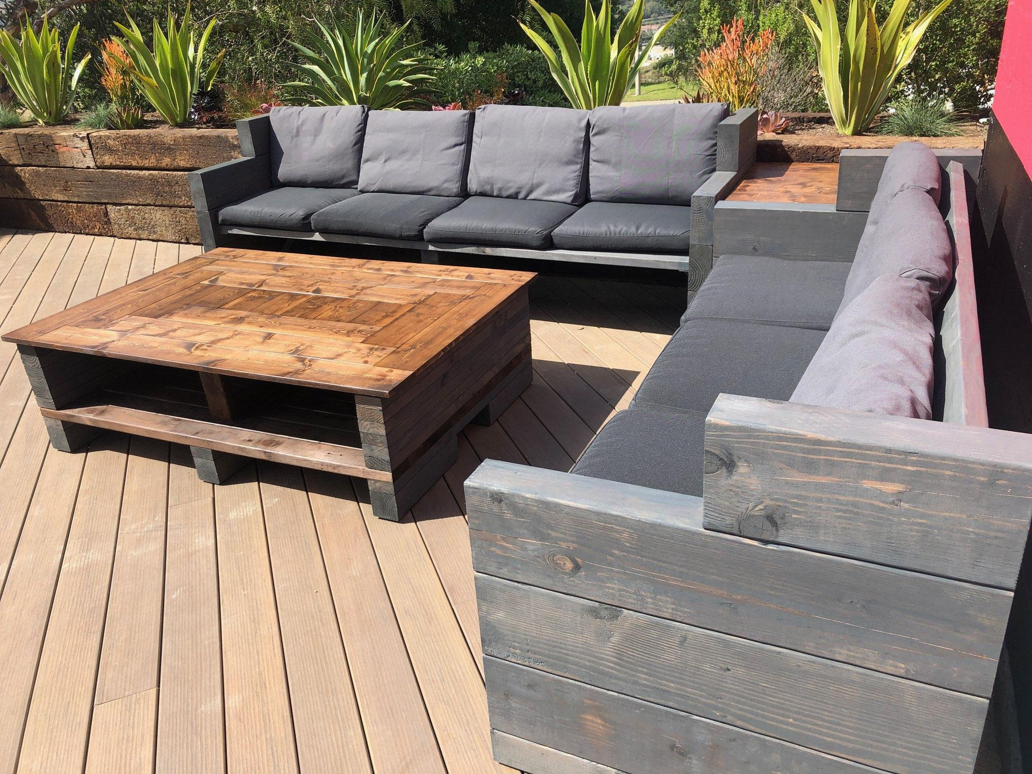 custom outdoor furniture farmhouse rustic wood patio set comfy outdoor sofas and table set 2 sofas 1 coffee table 1 side end table