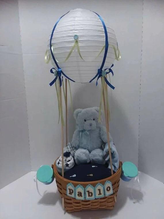 Make a Hot Air Balloon Gift Basket   Baby shower baskets