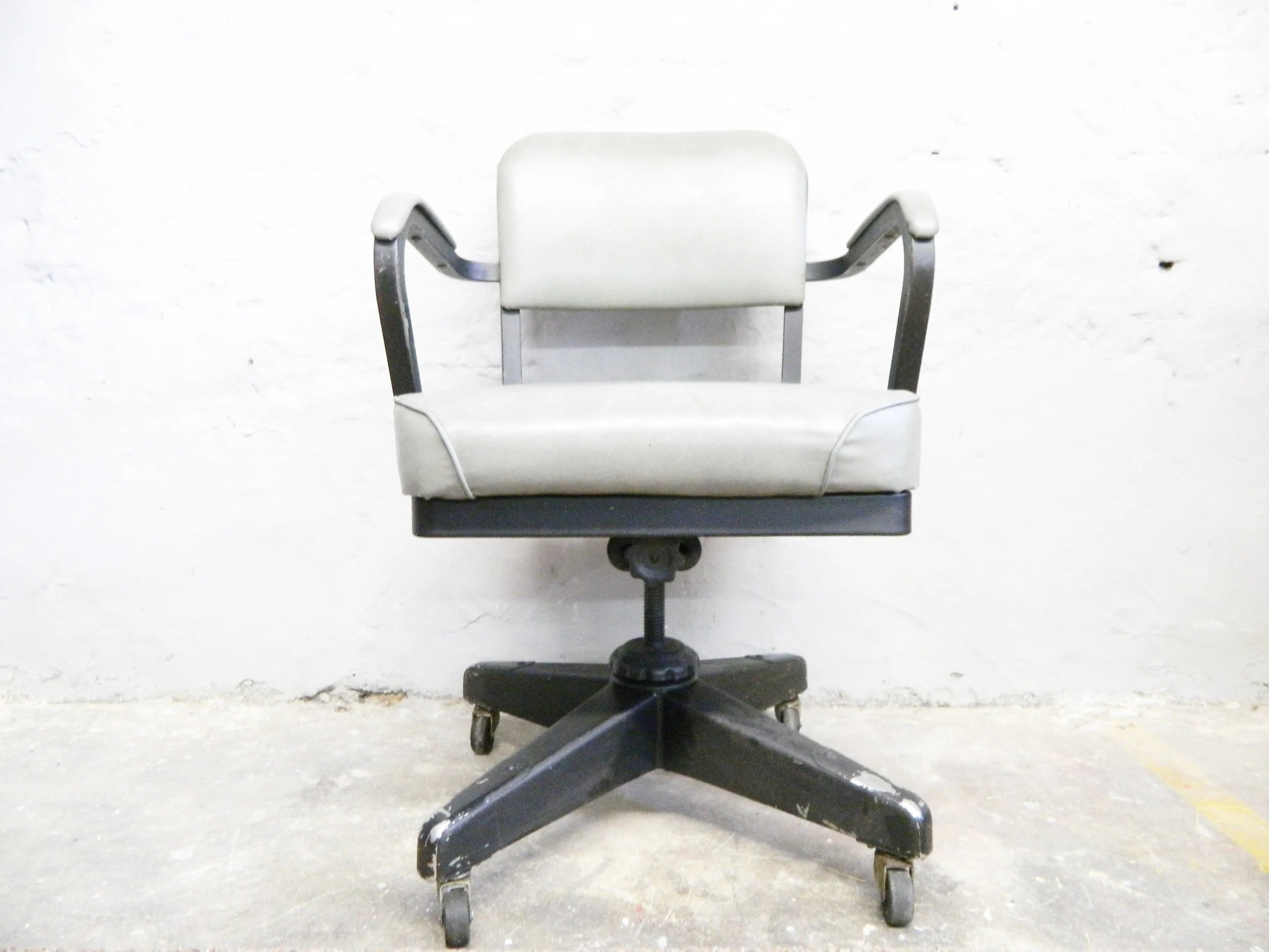 Bjs Office Chairs Rare Authentic Emeco Corp Chair 1961 Industrial Chair