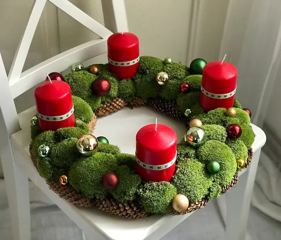 Traditional German Advent Wreath - An Advents Kranz to Count the