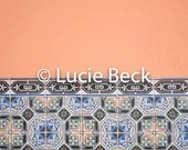 Portugese tiles in peach backdrop, ML841, vinyl backdrop, colourful backdrop, Portugese tiles, backdrop foodphotography, myluciebackdrops