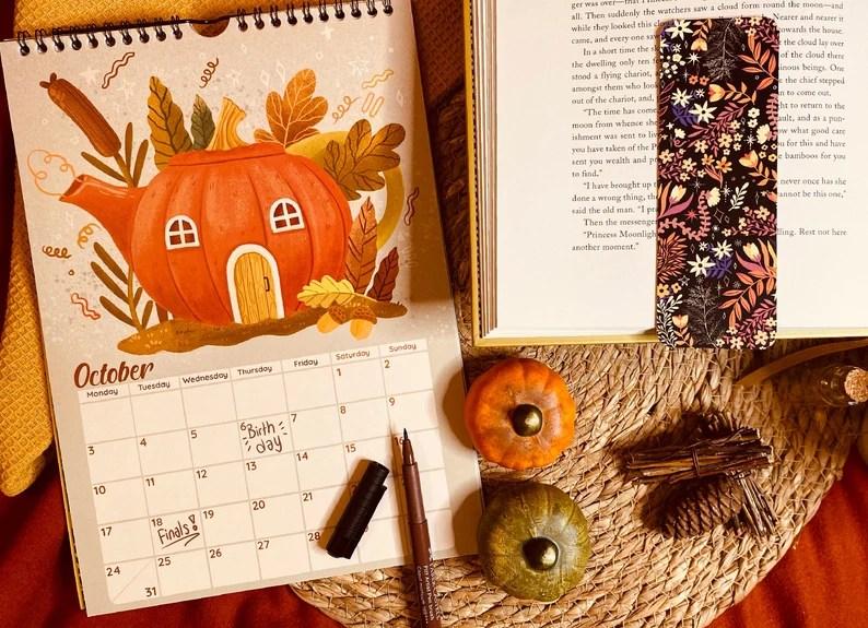 2022 Wall Calendar Floral Calendar A4 Sized Desk Calendar image 3