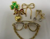 Lot of Vintage Brooches