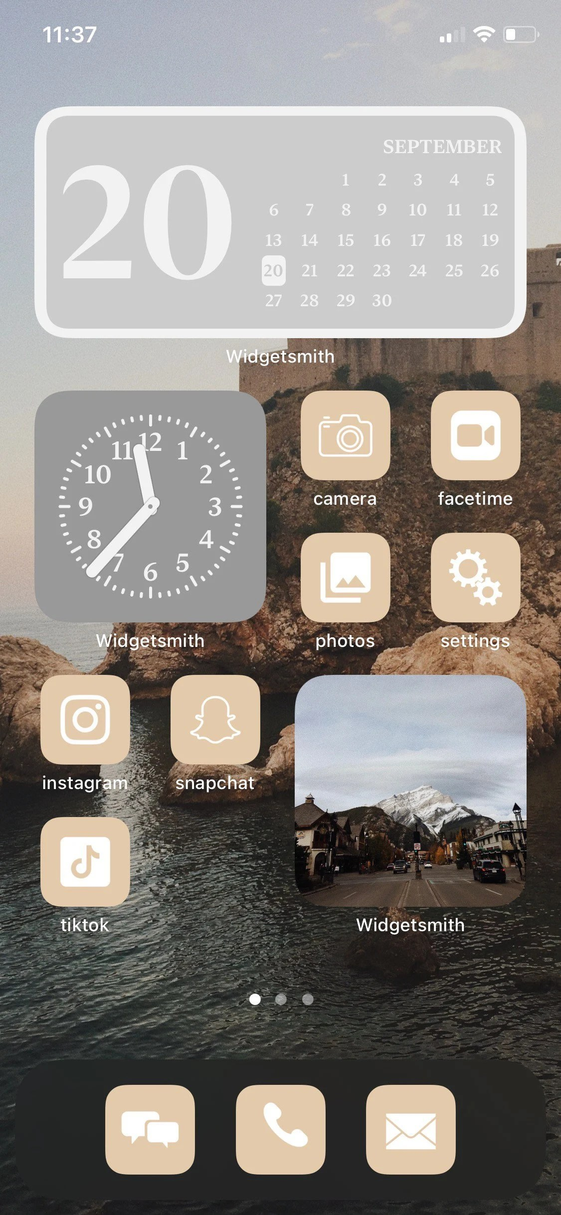 How to customize your iphone home screen with ios 14   neutral & beige aesthetic. 55 BEIGE NEUTRAL / NUDE ios 14 Minimalist Boho Aesthetic ...