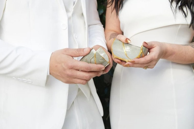 Newlyweds Kit: Japanese Kintsugi Ceremony with Online Course. image 0