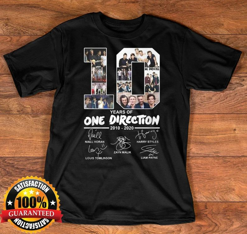 10 Years Of One Direction 2010-2020 Signatures T-shirt One image 0