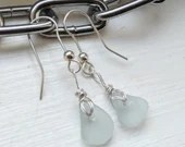 Sea foam sea glass earrings / seafoam silver seaglass earrings / seafoam sea glass jewellery / real beach glass / aqua earrings