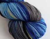 Hand dyed sock yarn, high twist superwash merino/nylon sock/fingering/4ply, variegated sock yarn, blues grey, black, gold sock knitting yarn