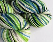 Hand dyed worsted weight singles merino wool yarn. Variegated blue, green, black and white yarn, soft merino wool yarn, Pandemic Alien.
