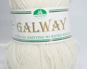 deSTASH, Galway wool knitting yarn, worsted weight yarn, plymouth yarn co, natural white yarn, knitting yarn, crochet yarn, yarn to dye