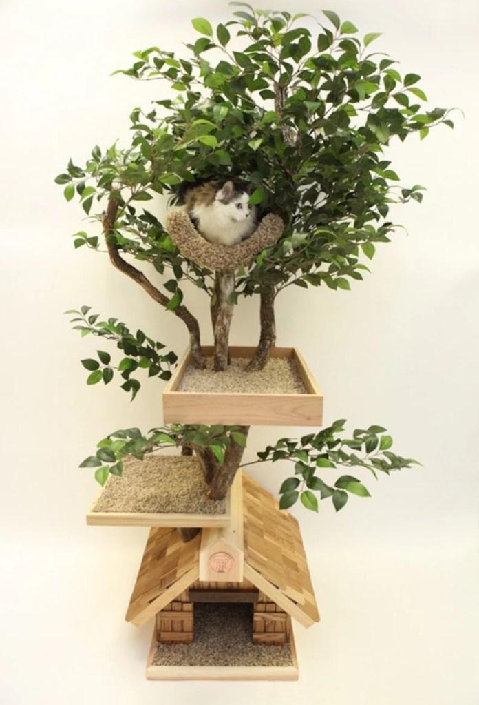 Adult medium Cat Tree House image 0