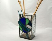 Knitting needle vase, stained glass knit, knitting needle holder, gift for knitter, blue glass, blue and green glass, variegated, fiber fan
