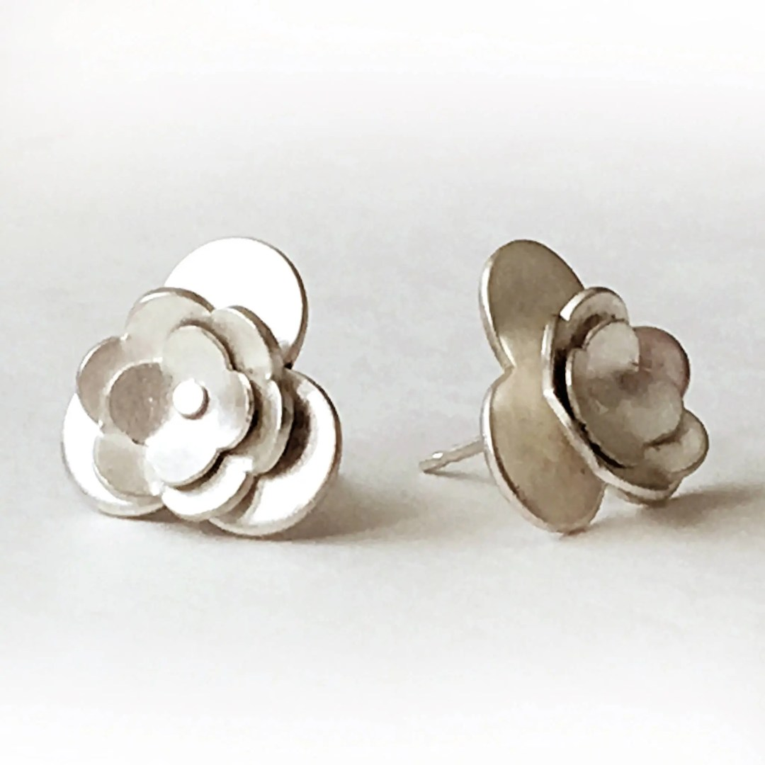 Large Silver Flower Post ...