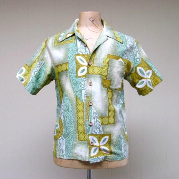 Vintage 1970s Mens Hawaiian Shirt 70s Green Royal