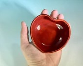 Heart-Shaped Small Bowl in Various Colors // Jewelry Dish, Catch all, Ring dish, Ramekin // Gifts for Valentines - READY TO SHIP