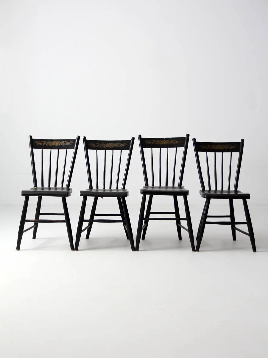 Windsor Chairs Black Antique Windsor Chairs Set 4 Stencil Back Spindle Chairs Black Dining Chairs
