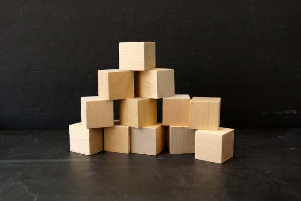 Blank - Wood Blocks Cubes 1-1 4 Cube Set