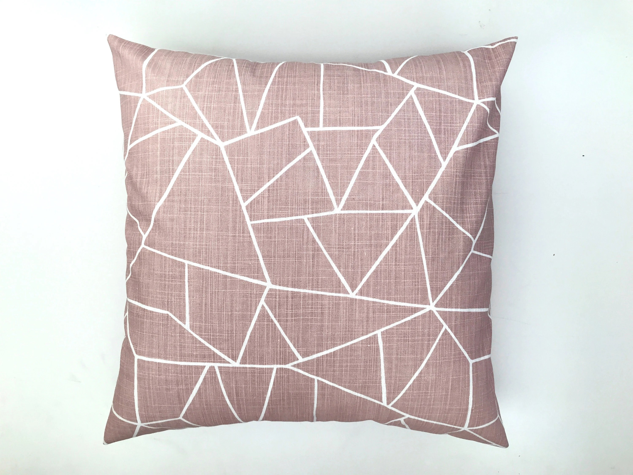 محرق إطالة مزار pink decorative pillows