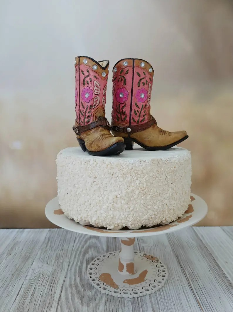 Stupendous Country And Western Themed Cakes The Cake Boutique Funny Birthday Cards Online Elaedamsfinfo