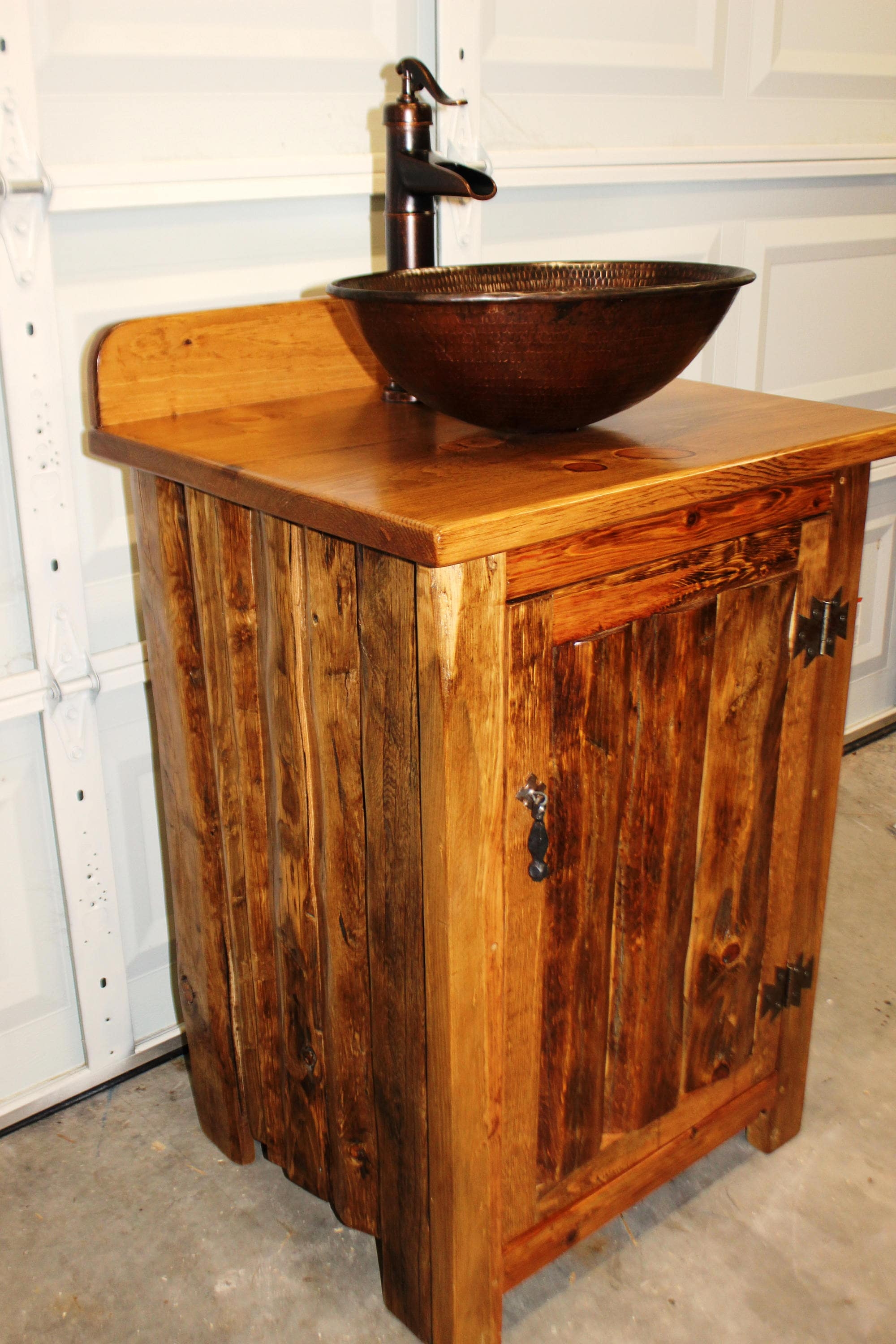 Where Can I Buy Rustic Furniture