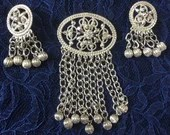 Vintage Signed Sarah Coventry Large Brooch & Drop Dangle Earrings Demi-Parure Set Silver-tone Filigree Jewelry Stunning Hippie Boho  1970s