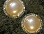 Vintage 1950s Large Ivory Pearl Cabochon with Rhinestones Diamante Clip On Earrings