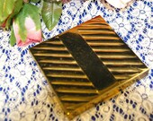 Vintage Art Deco Dorset Fifth Avenue Gold Tone Powder Compact 1940s
